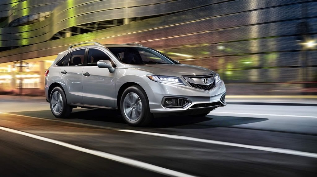 2018 Acura RDX Driving downtown