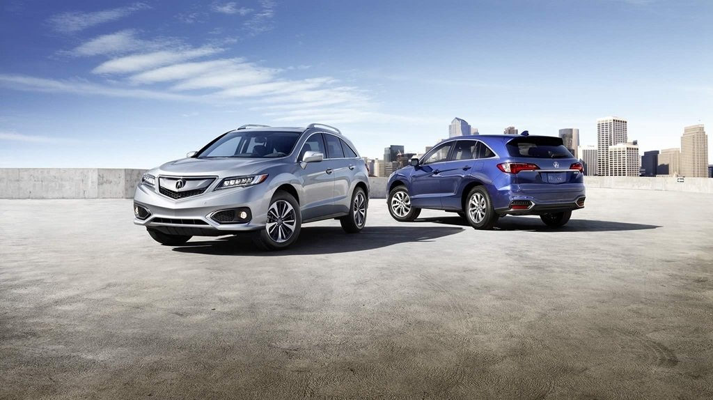 Two 2018 Acura RDX parked