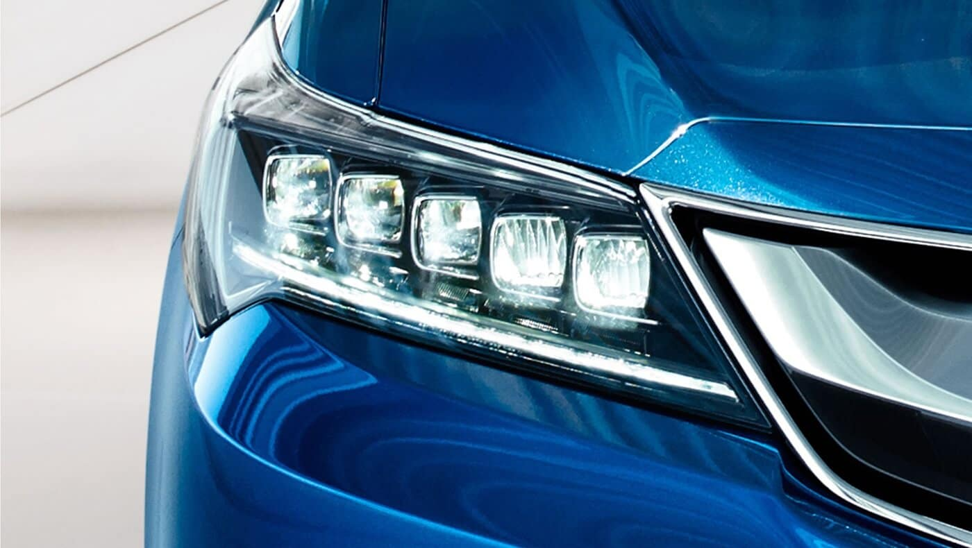 2018 Acura ILX headlight up close
