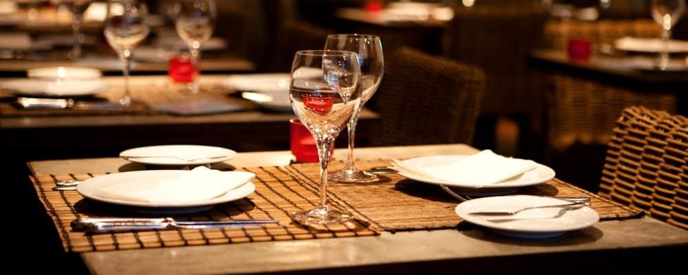 Fine table setting in gourmet restaurant_2099183