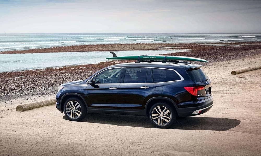 2018 Honda Pilot at the beach