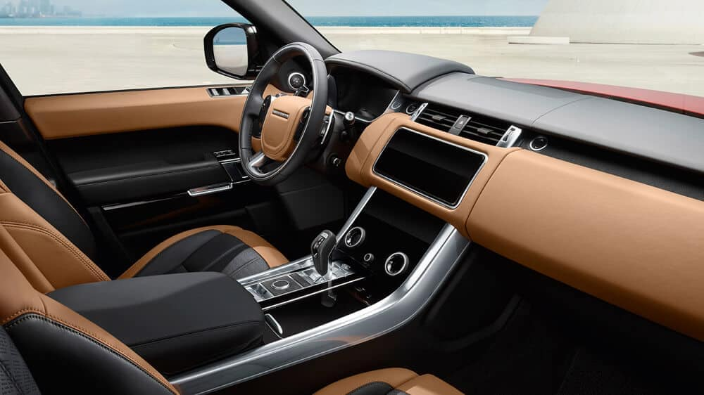 2018 Land Rover Range Rover Sport front cabin area