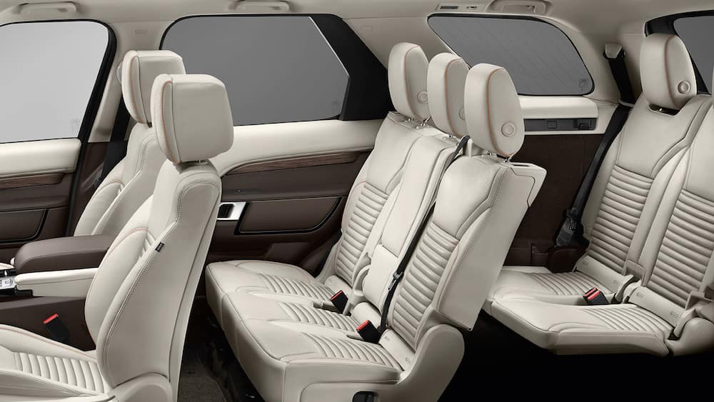 2019 land rover discovery seating