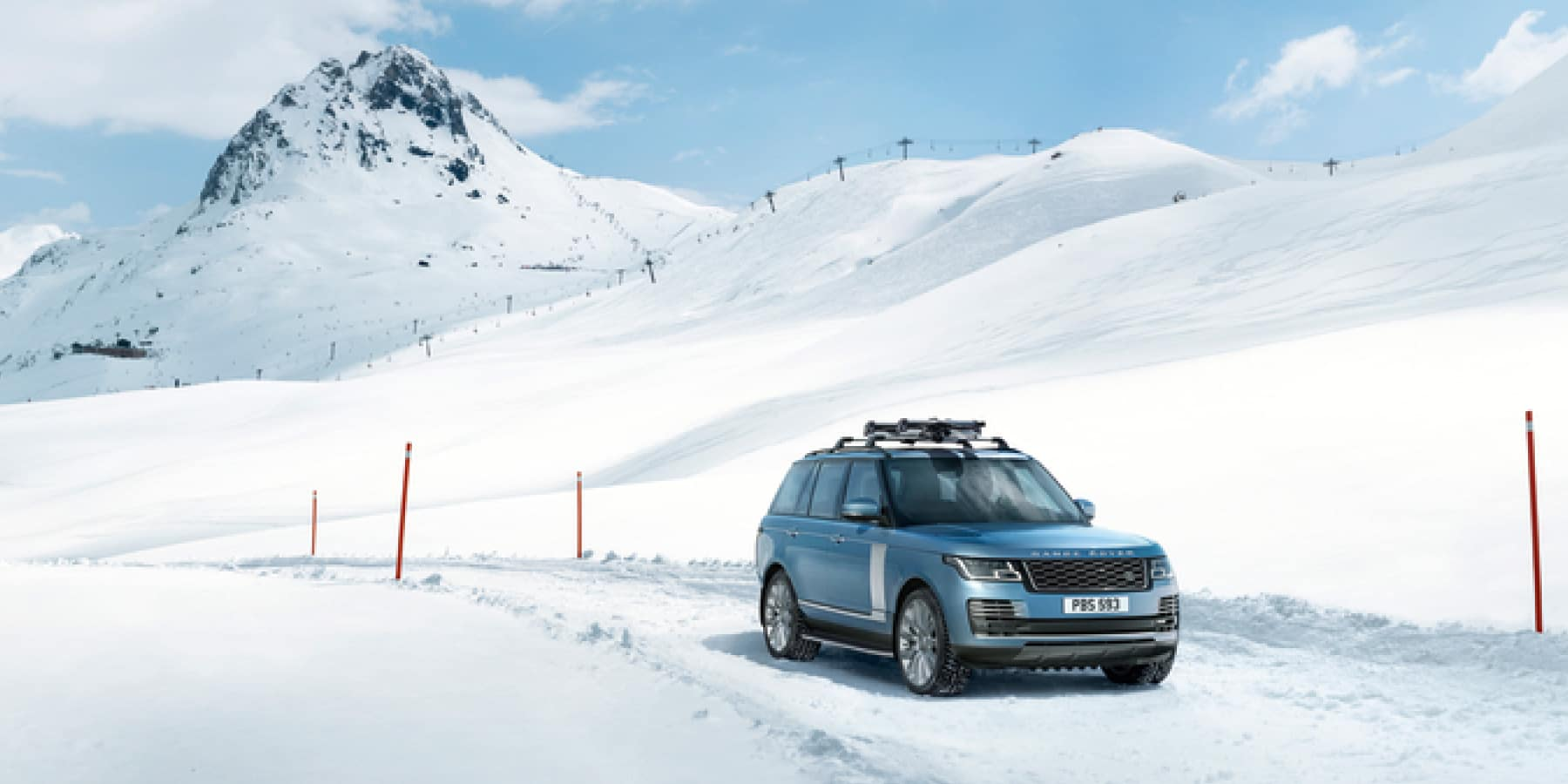 Autobahn Land Rover | Range Rover in the Snow