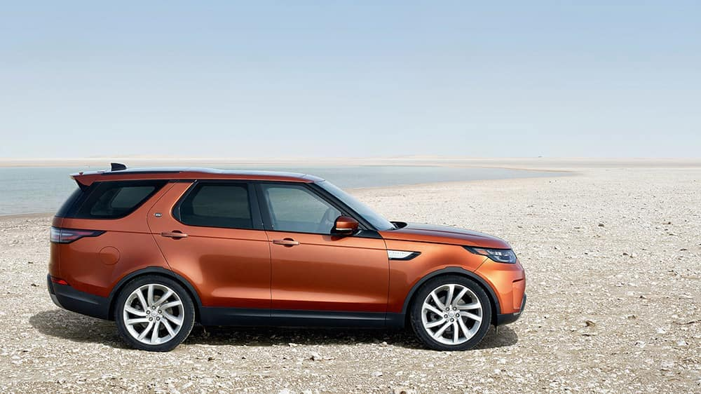 2019-land-rover-discovery-profile