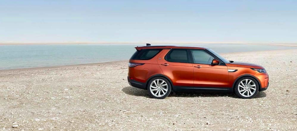Red-orange 2019 Land Rover Discovery