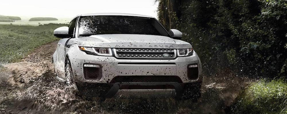 2019 evoque driving through mud