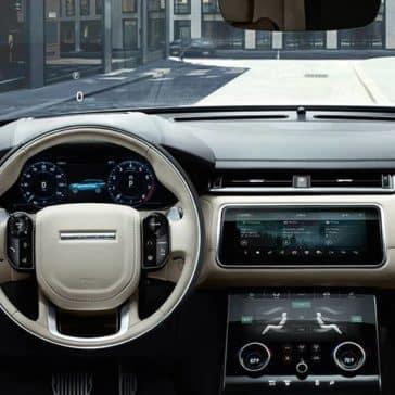 2020 Range Rover Velar Dash