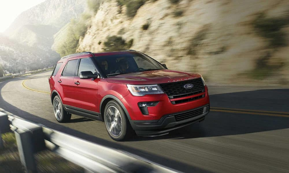 2018 Ford Explorer Driving