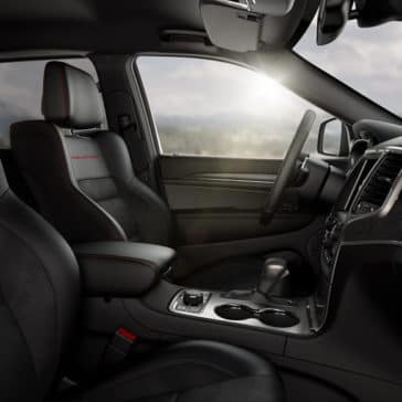 2018 Jeep Grand Cherokee Cabin