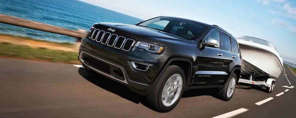 2019 Jeep Grand Cherokee towing boat