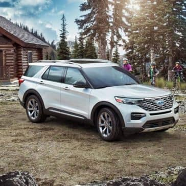 2020-Ford-Explorer-At-Cabin