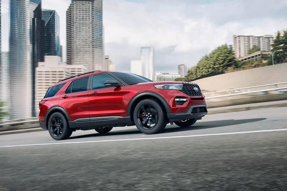 2020-Ford-Explorer-Driving