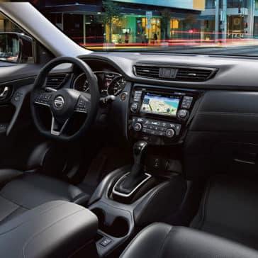 2017 Nissan Rogue dashboard