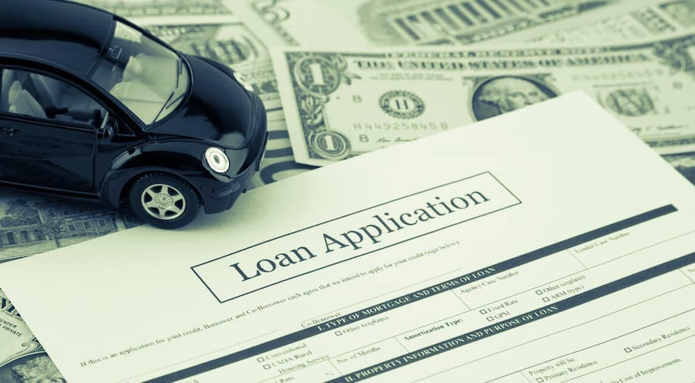 An auto loan application for auto loans with bad credit in Columbus, Ohio is shown.