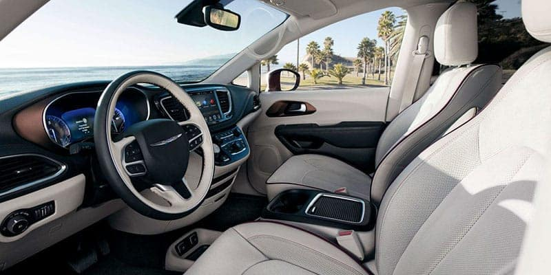 2018-chrysler-pacifica-gallery-interior
