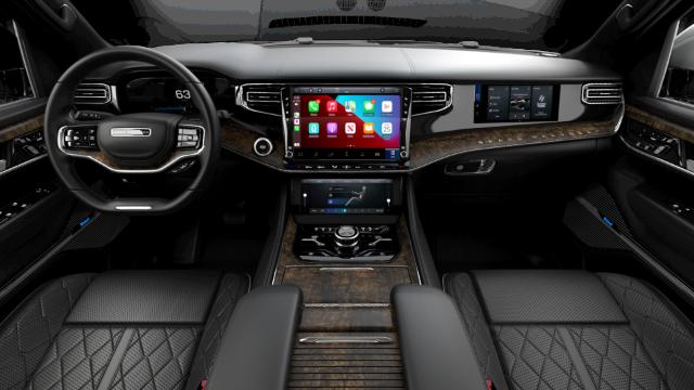 2022 Jeep Grand Wagoneer Series II Interior