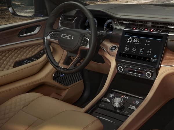 2021 Jeep Grand Cherokee L Cockpit & Infotainment System