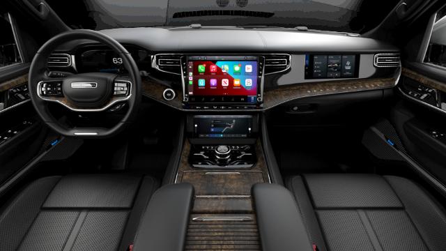 2022 Jeep Grand Wagoneer Series I Interior