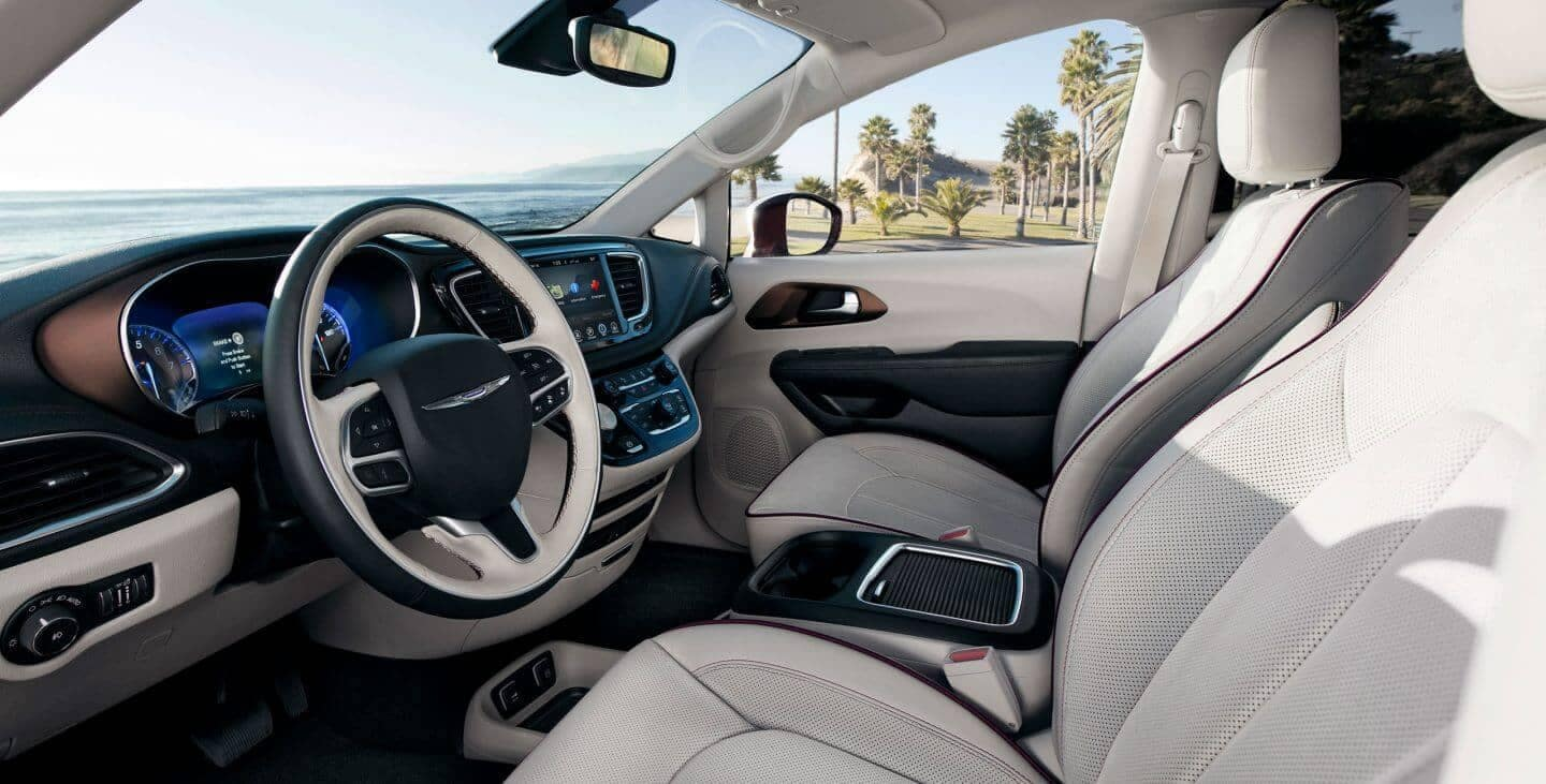2018 Chrysler Pacifica front seating