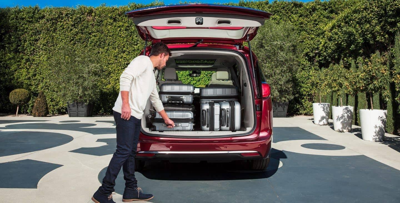 2018 Chrysler Pacifica cargo space