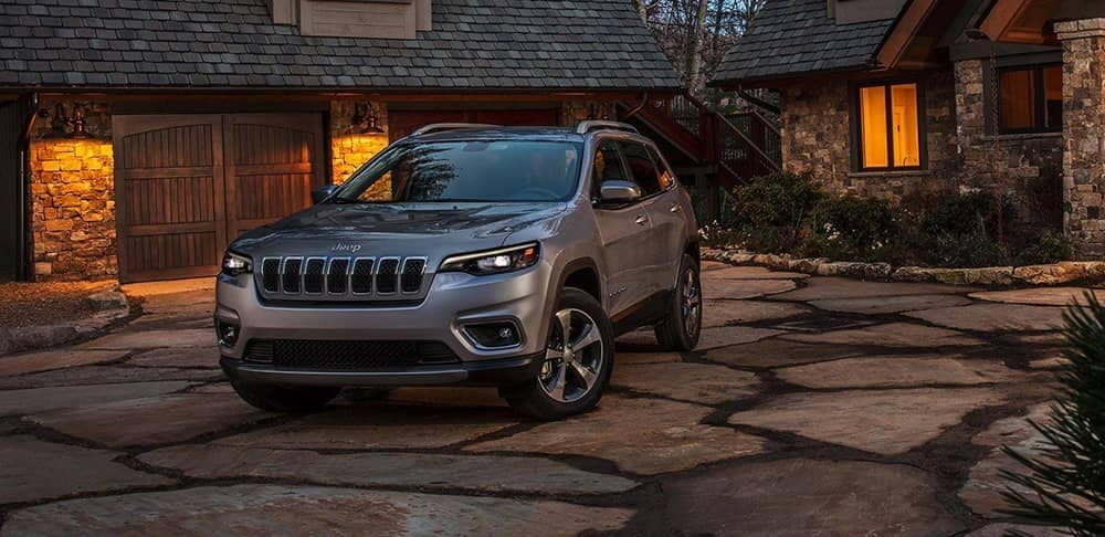 2019 Jeep Cherokee at dusk