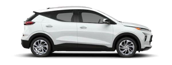 A white 2022 Chevy Bolt EUV is facing right.