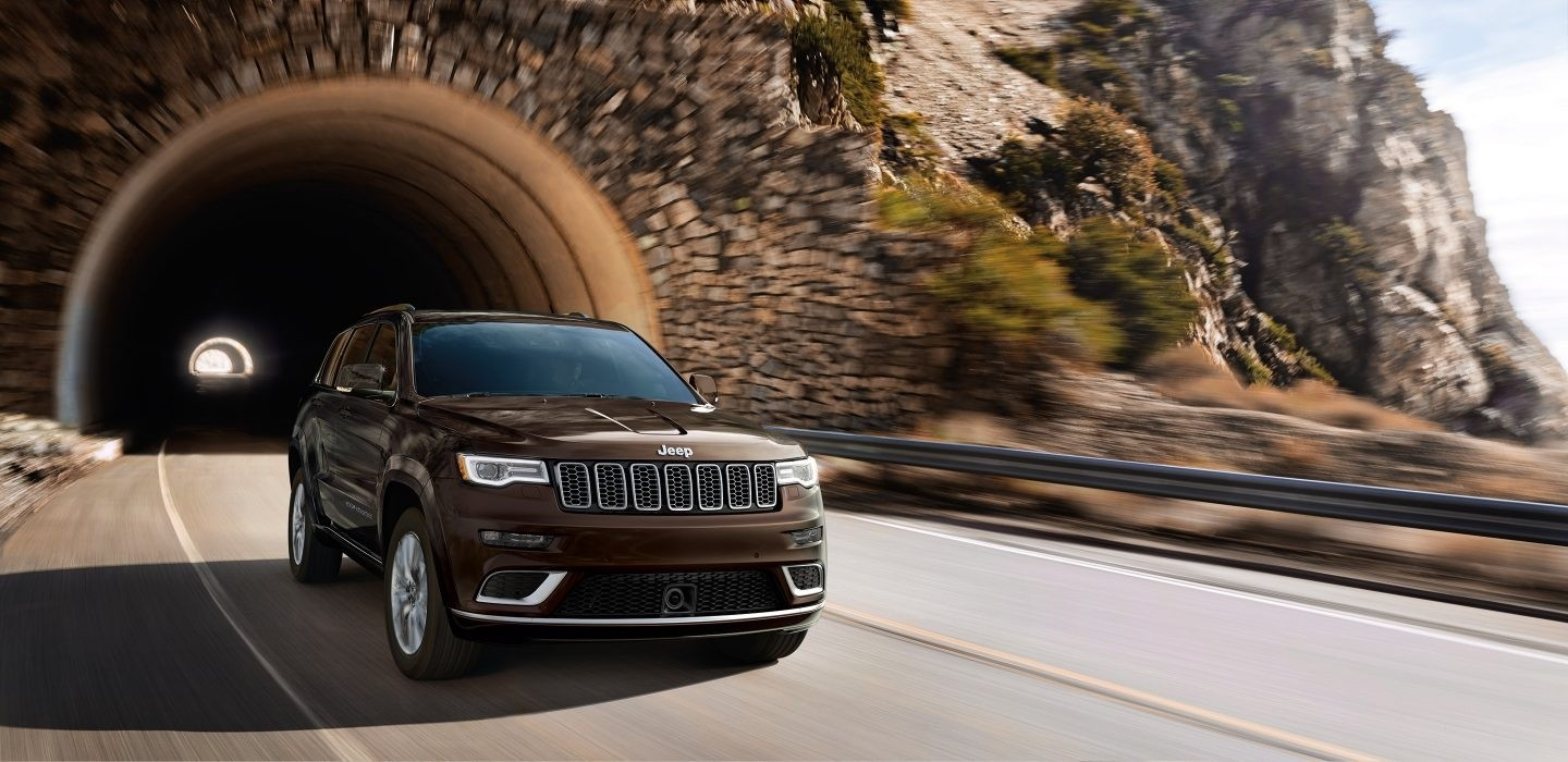 Comparing Jeep Grand Cherokee Available 4x4 Systems Quadra Trac
