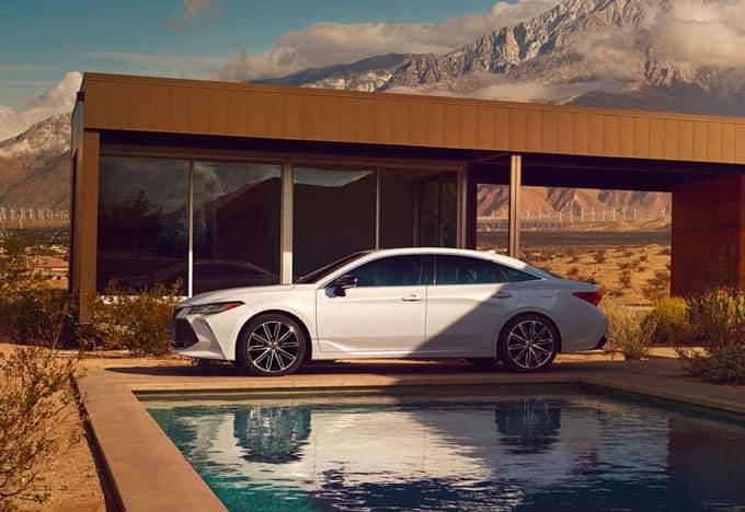 About the Toyota Avalon Hybrid