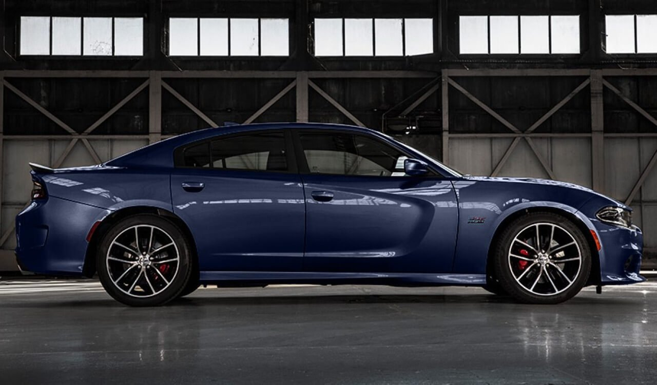 2017 Dodge Charger Indoors