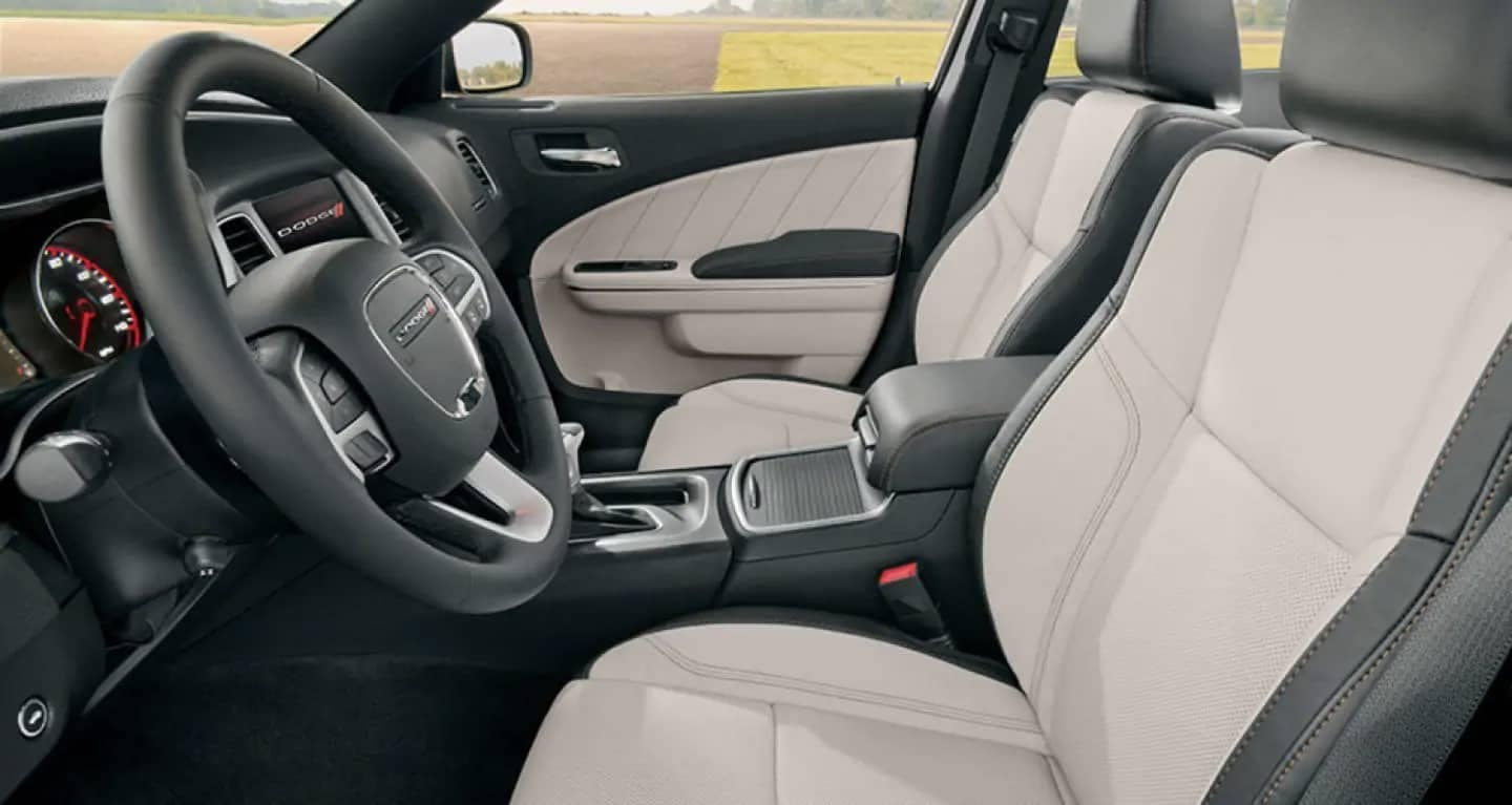 2019-Dodge-Charger-leather-trimmed-sport-seats