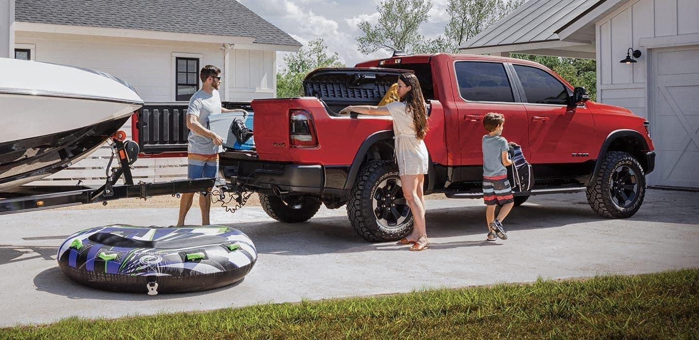2020 Ram 1500 exterior towing and cargo for family