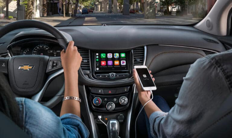2020 Chevrolet Trax Interior Infotainment system with CarPlay app