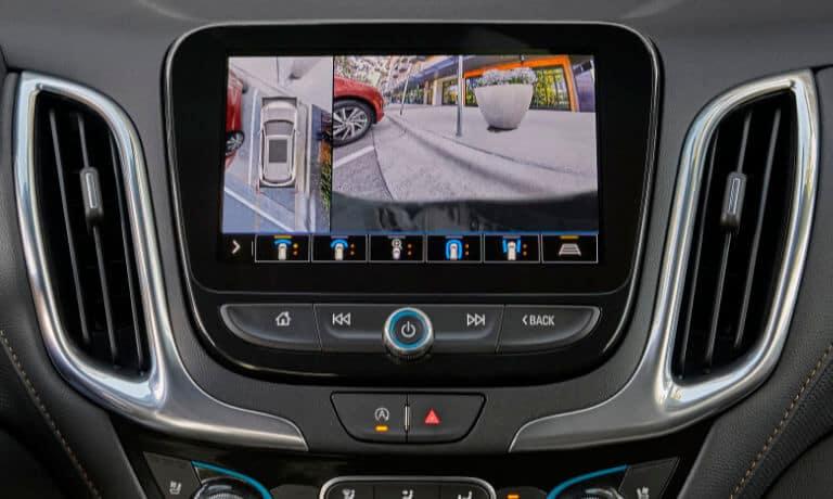 2022 Chevy Equinox infotainment view