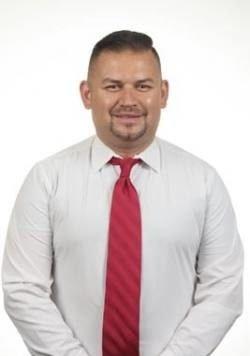 Roberto Menjivar