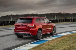 Drive the 2018 Jeep Grand Cherokee