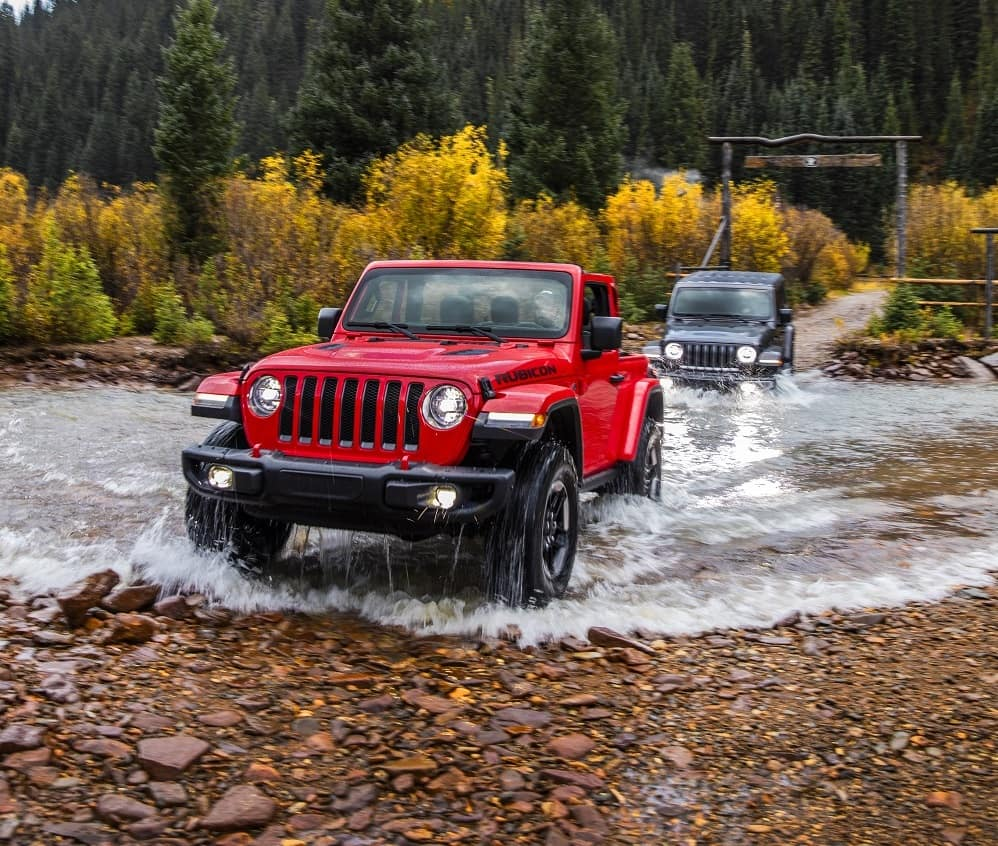Jeep Wrangler Offroad in Firecracker Red