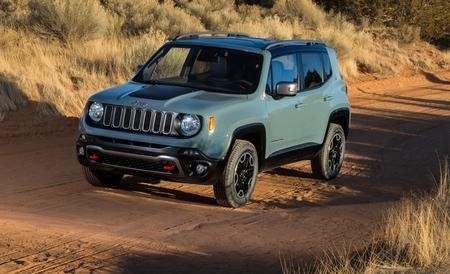 6 mods to make your jeep renegade trailhawk more off road. Black Bedroom Furniture Sets. Home Design Ideas