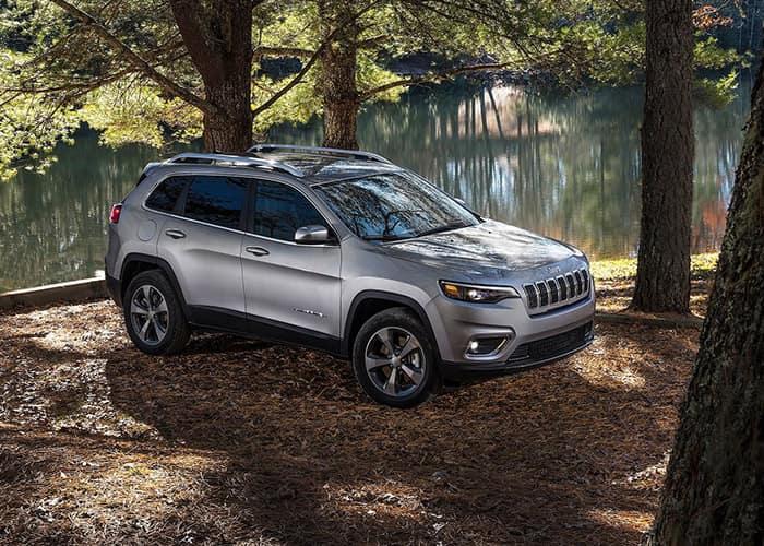 2019 Jeep Cherokee Vs 2018 Toyota Rav4