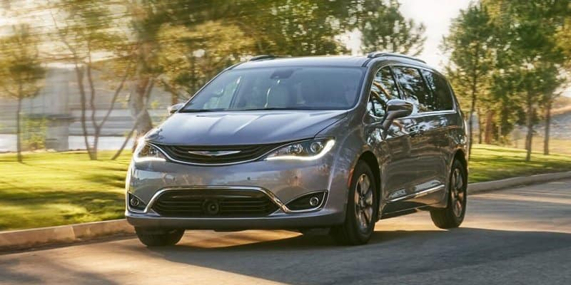 b822655f6e Chrysler Pacifica and Pacifica Hybrid Named Best Minivan of 2019 by U.S.  News   World Report