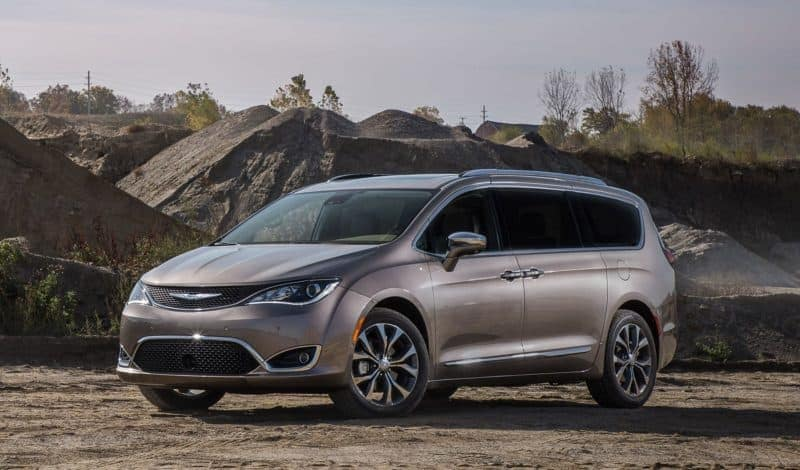 Best Minivans 2020.2020 Chrysler Pacifica And Pacifica Hybrid Highlights