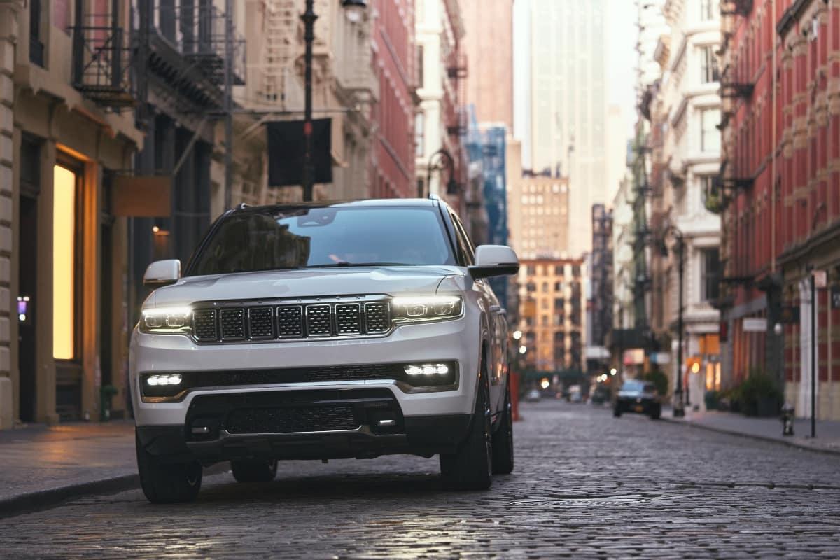 Hollywood Chrysler Jeep 2022 Jeep Grand Wagoneer