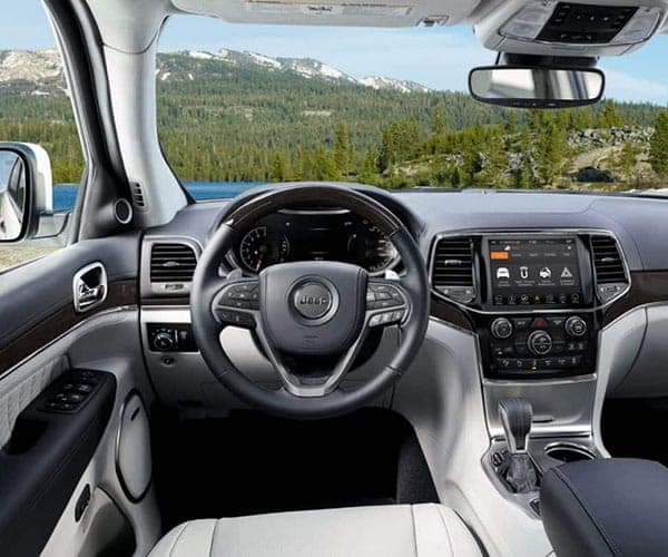 2019-Jeep-Grand-Cherokee-Interior