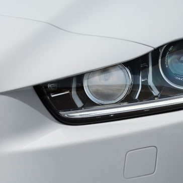 2018 Jaguar XE headlights