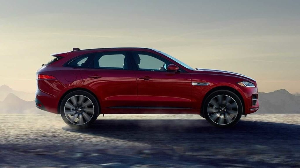 2018 Jaguar F-PACE exterior side profile