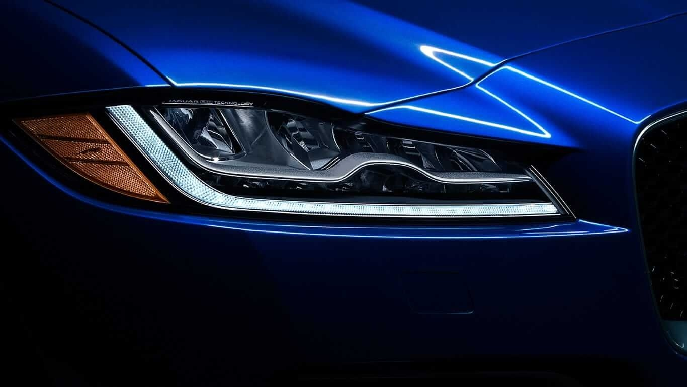 2018 Jaguar F-PACE headlight