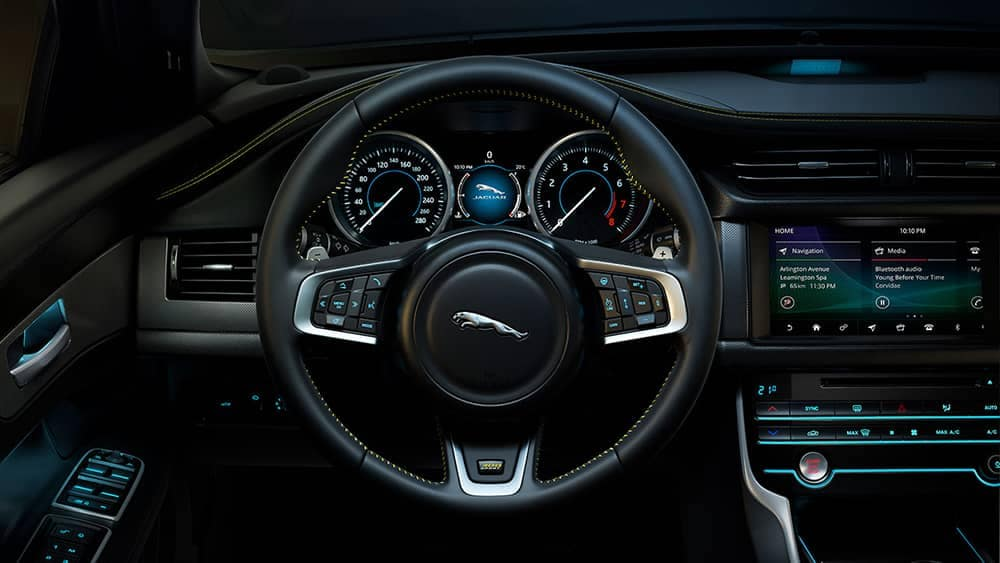 2019 Jaguar XF Technology