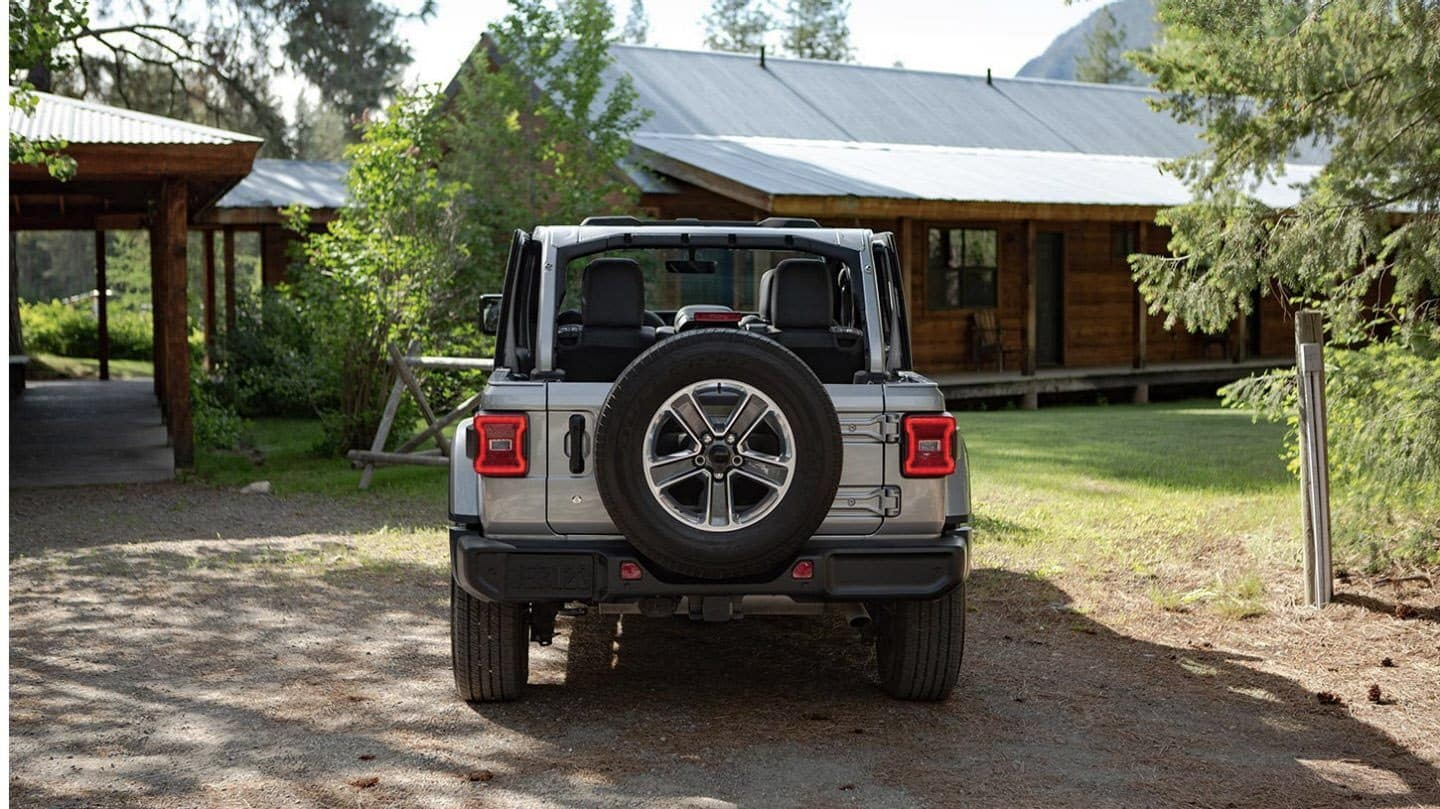 2020 Jeep Wranger spare tire