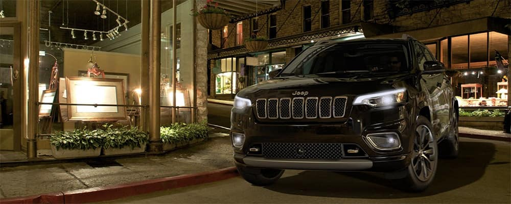 2020 Jeep Cherokee black at night