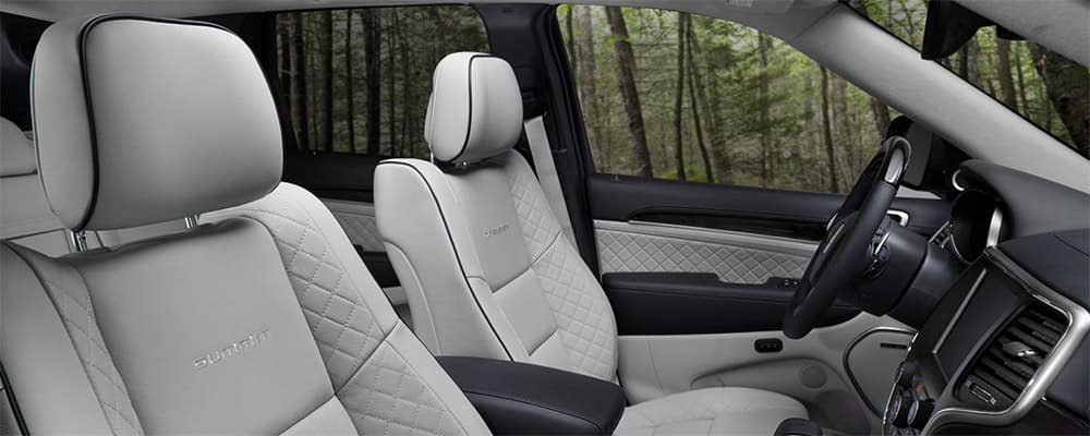 2020 Jeep Grand Cherokee interior front seating